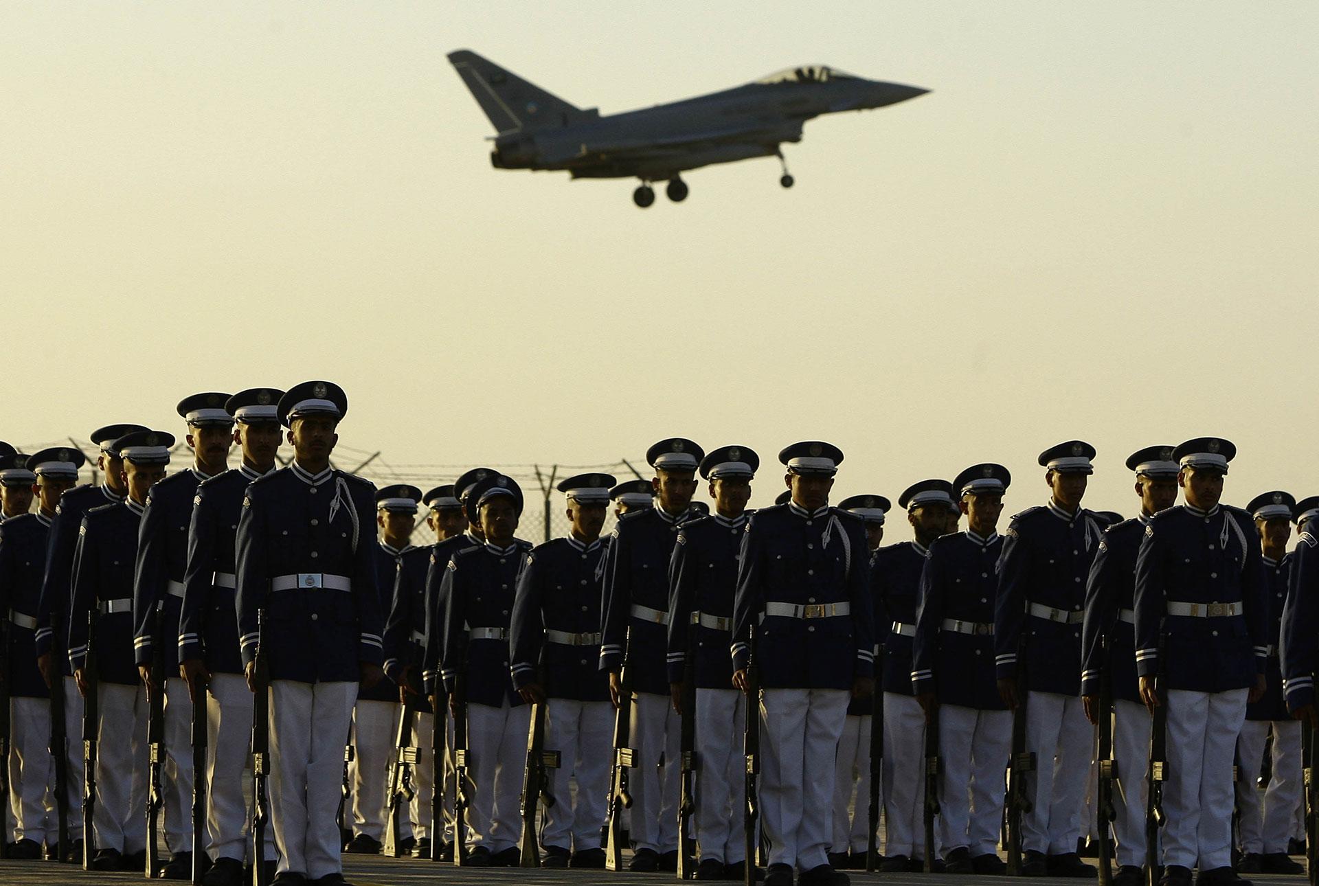 Yemen's guerrilla war tests military ambitions of big-spending Saudis