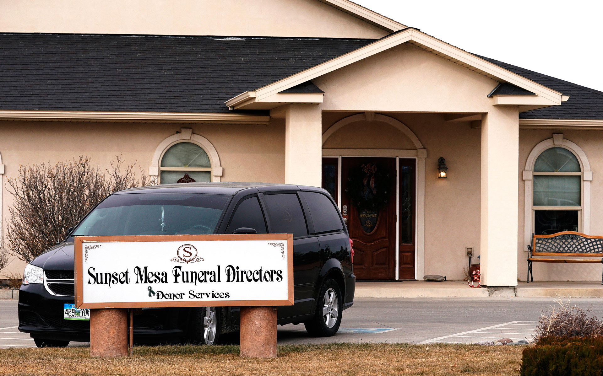FBI scrutinizes funeral home that also makes money selling
