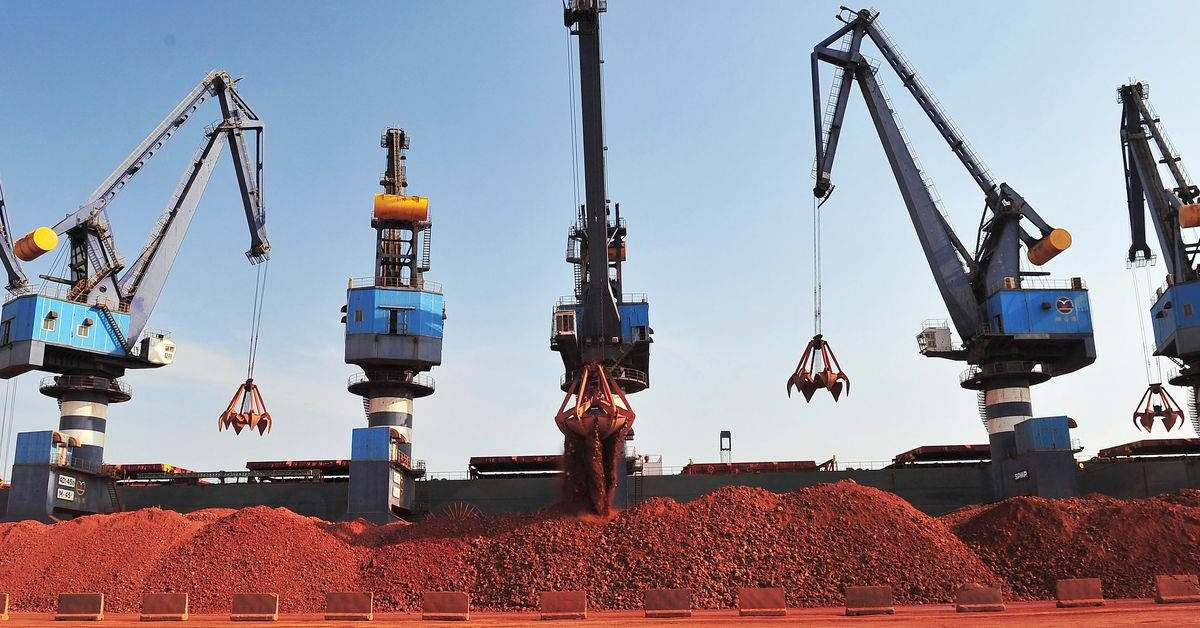 Photo of Guinea bauxite prices rise after coup, mines report no immediate impact