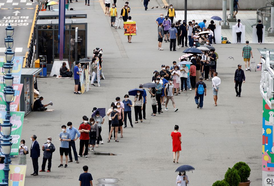 Seoul Prepares for Another Lockdown as Coronavirus Infections Surge in South Korea