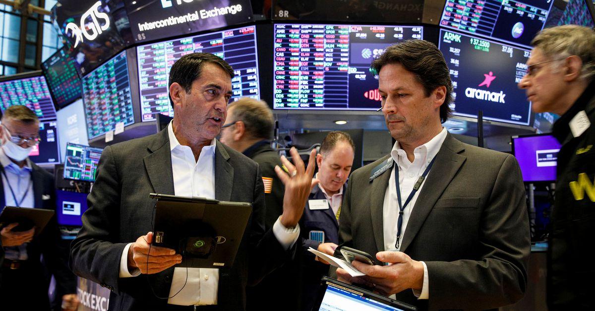 Stocks rise with U.S. big growth shares; 5-yr U.S. yields climb - Reuters