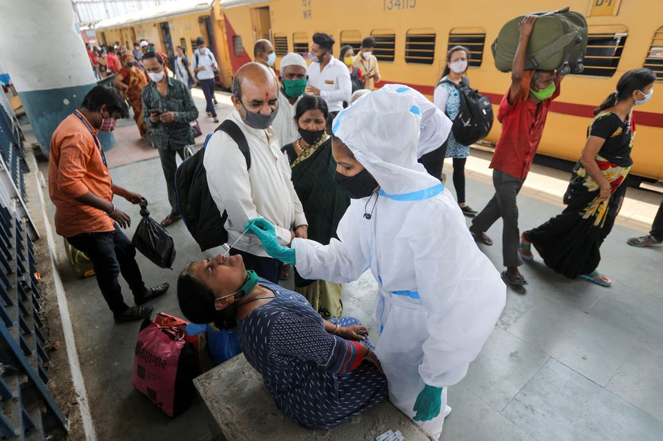 India to Ease Coronavirus Restrictions After Reporting Decline in Infections