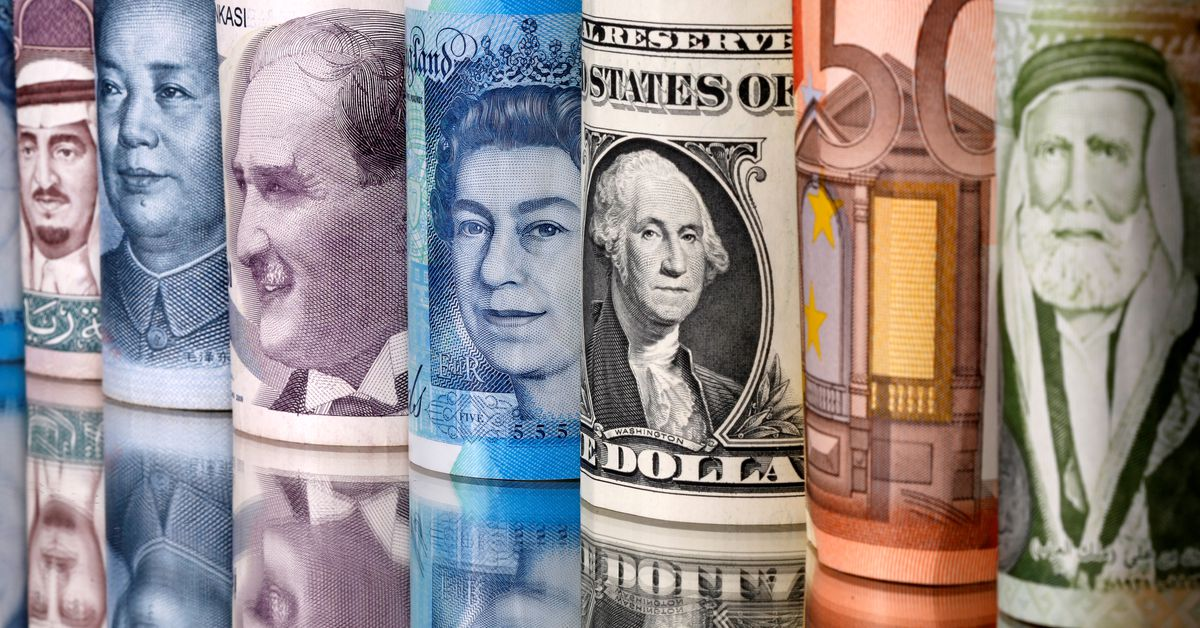 Dollar dips after Fed fails to provide taper timeline