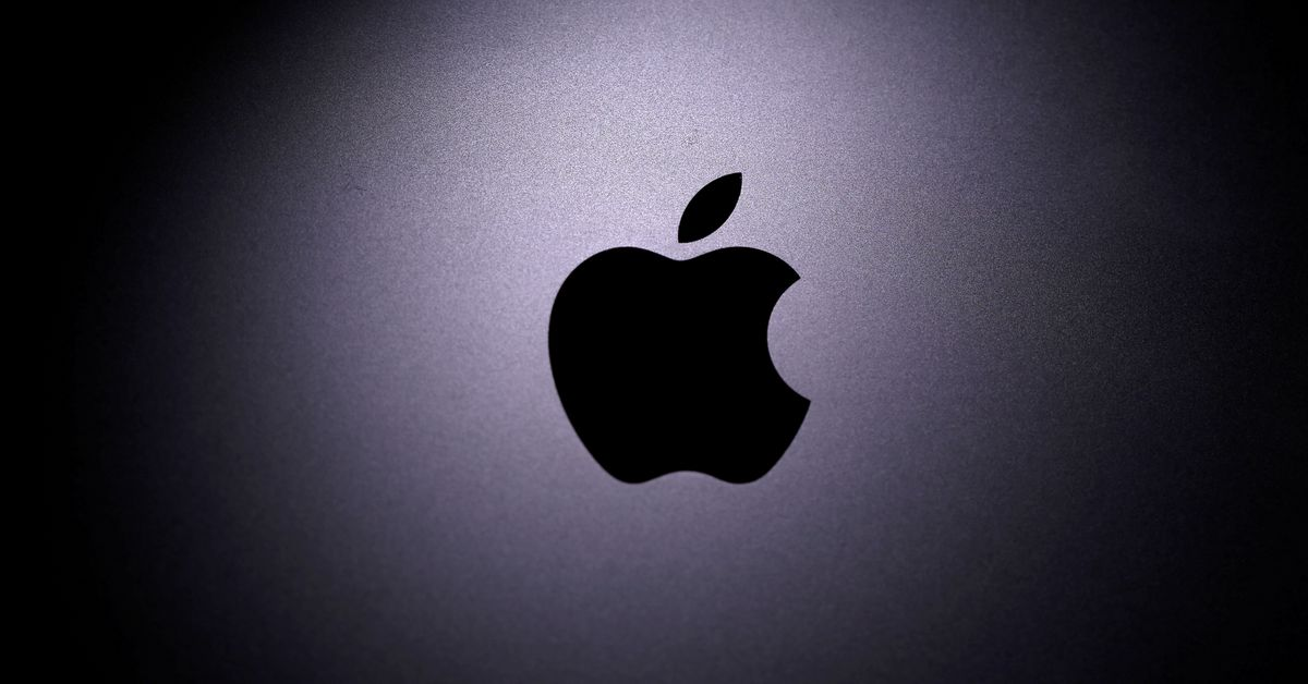 The Apple logo is seen on a Macbook in this illustration photo taken April 12, 2020. REUTERS/Dado Ruvic/Illustration/File Photo Aug 19 (Reuters) - Mor