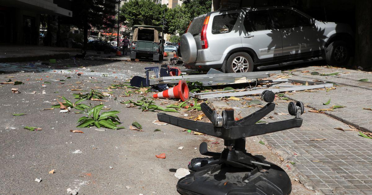 Đá bắn chết người Beirut khi căng thẳng về vụ nổ thăm dò nổ ra