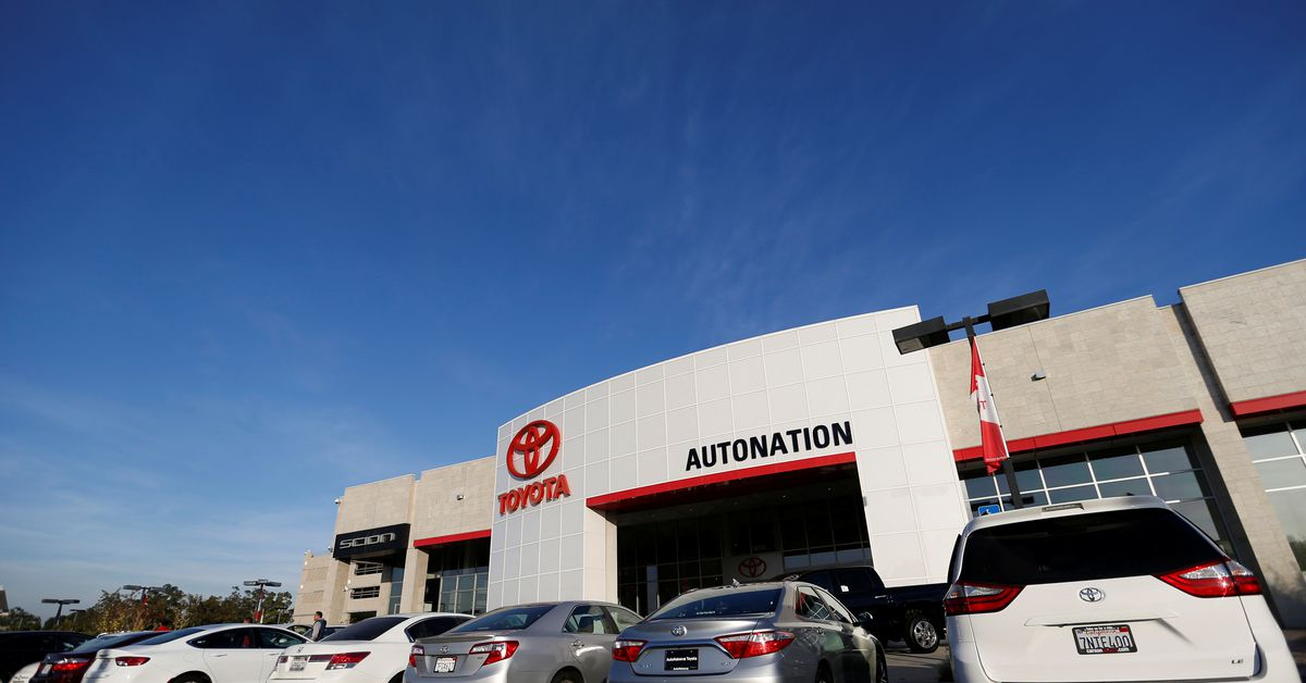 U.S. auto dealers are winners as chip shortage lifts vehicle profits – Reuters