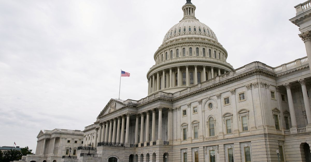 U.S. senators to move forward with infrastructure bill on Sunday