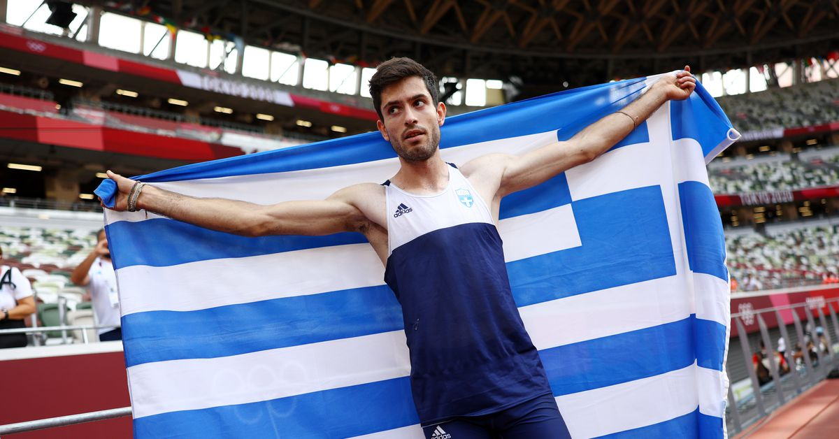 Athletics-Greece's Tentoglou wins gold with dramatic final leap - Reuters