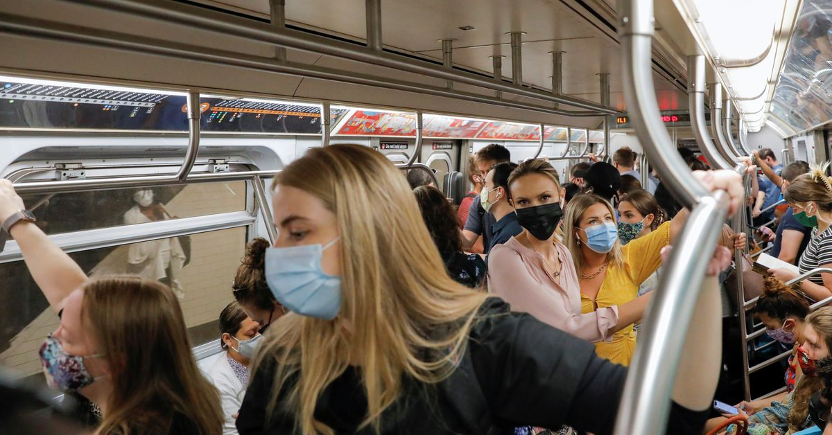 EXCLUSIVE U.S. plans to extend transport mask mandate through Jan. 18, sources say