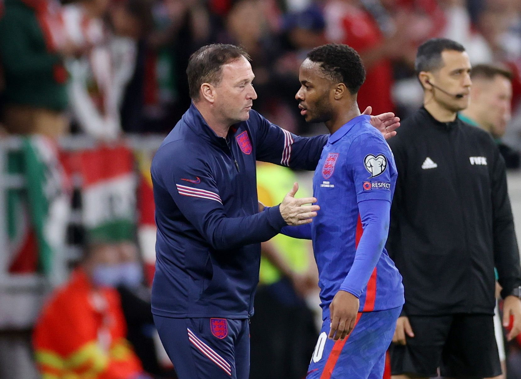 England Soccer Players Raheem Sterling and Jude Bellingham Hit With Cups and Racist Chants by Hungary Fans During Match in Budapest