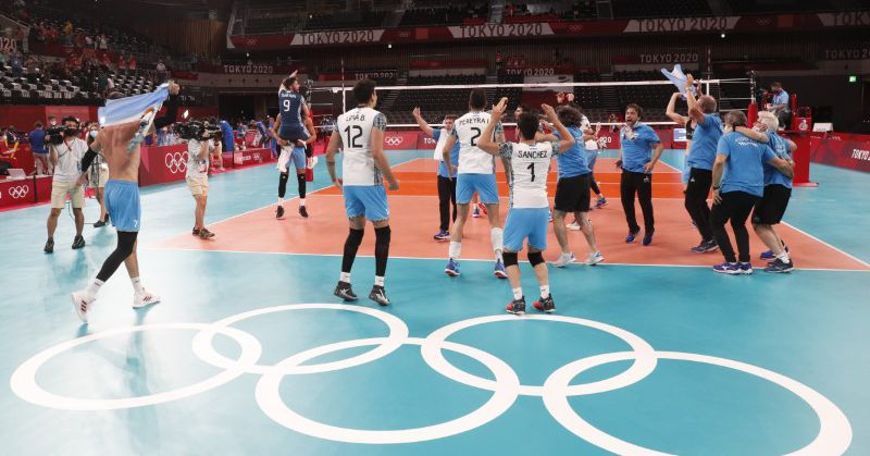 Volleyball-Argentina beat Brazil in tense full sets to win bronze