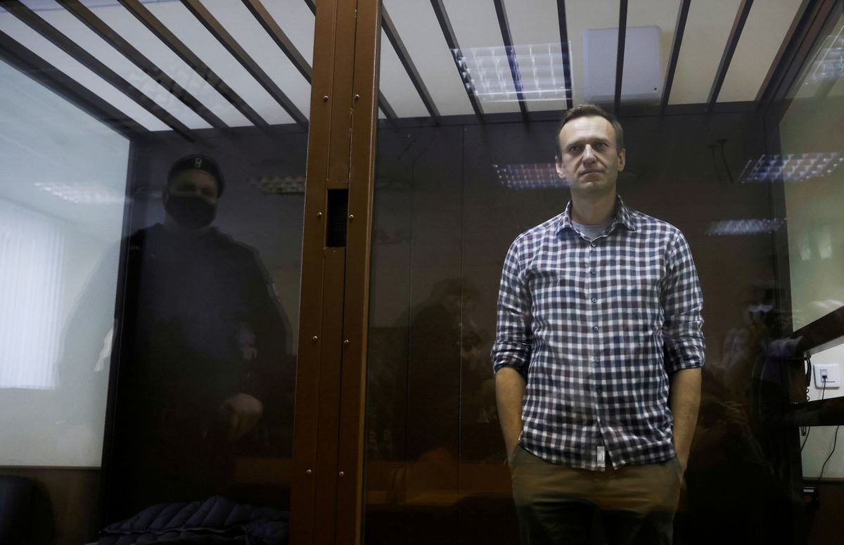 AI restores prisoner of conscience' status to Navalny