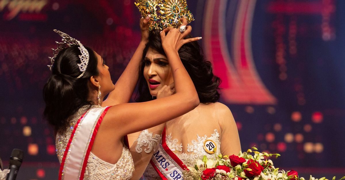 Reigning Mrs World resigns weeks after contest controversy