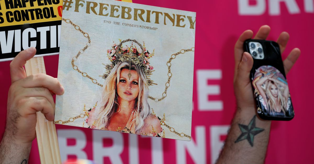 Britney Spears' lawyer seeks to oust singer's father from conservatorship |  Reuters