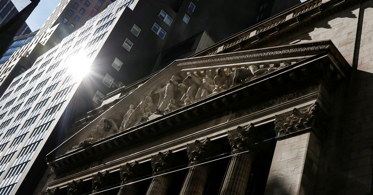 Wall St headed for lower open as focus turns to tech earnings
