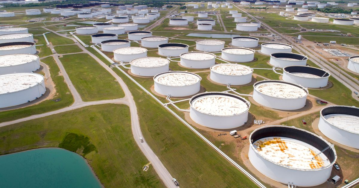 Oil prices steady as the US storm threat subsides