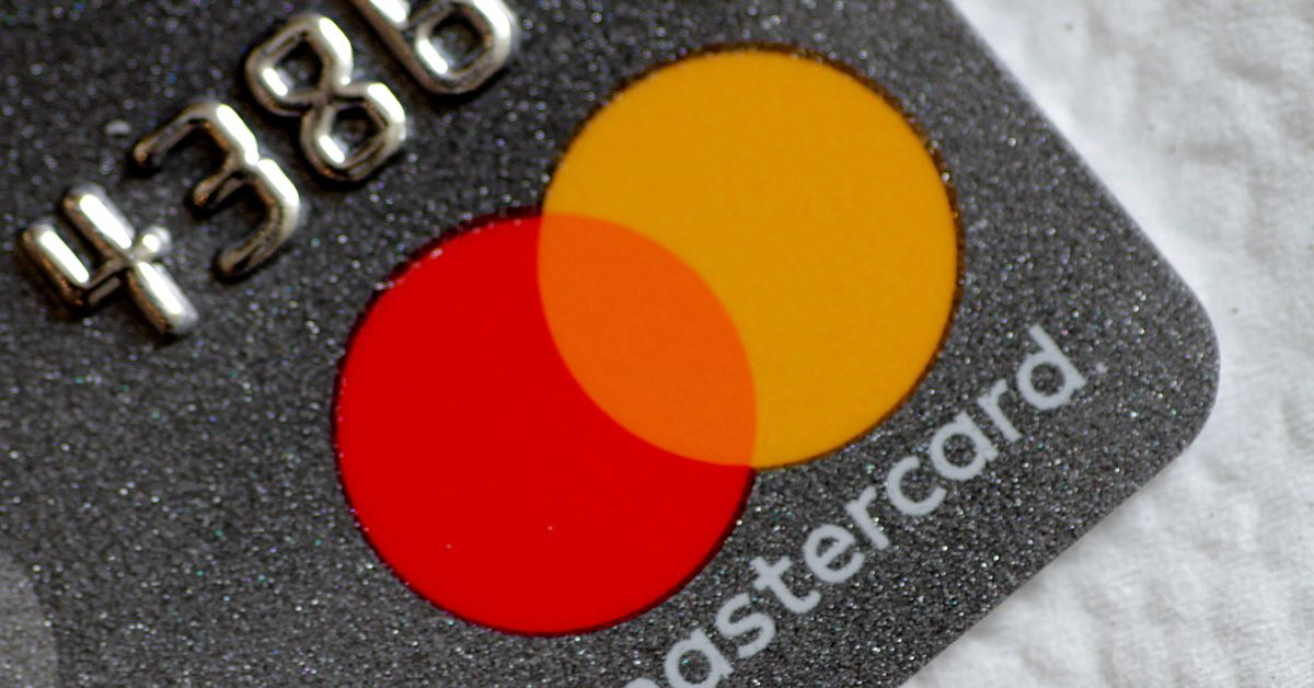 India bans Mastercard from issuing new cards in data storage row - Reuters India
