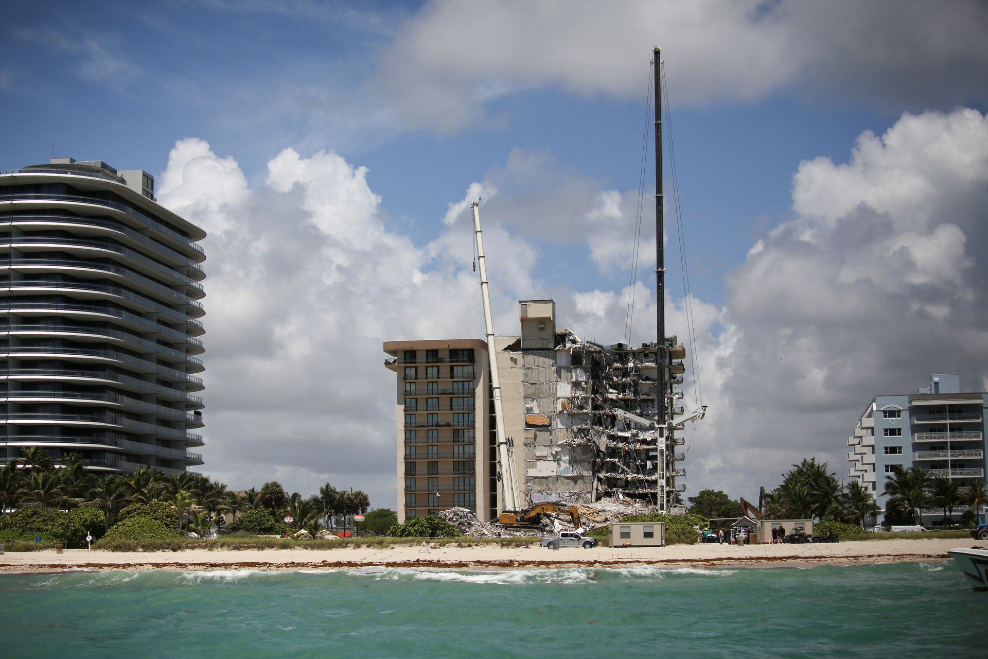 Death Toll in Florida Condo Collapse Rises to 94, With 22 People Still Unaccounted For