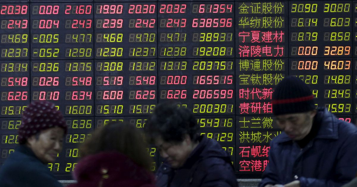 Stocks slide, oil dips as Fed eyes taper by year-end