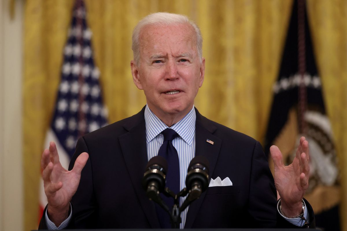 Biden bans invstment in some CHinese firmsJ