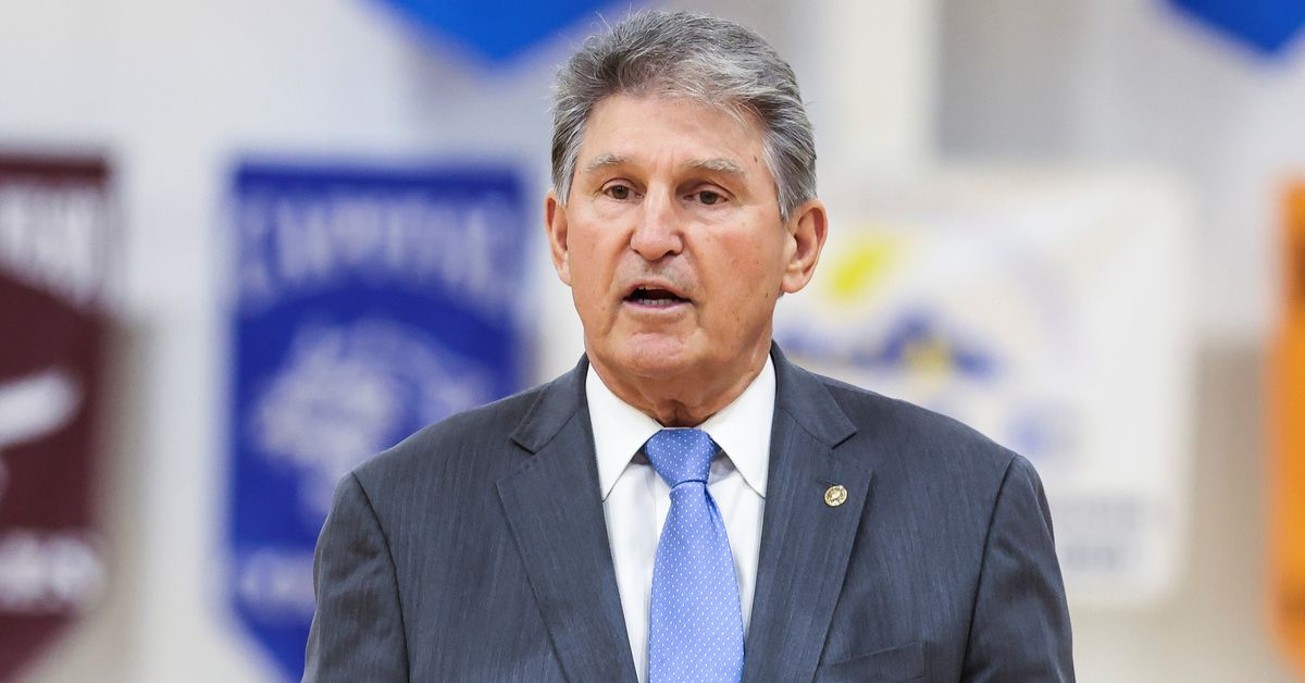U.S. Senator Manchin says he will oppose voting rights bill pushed by his colleagues thumbnail
