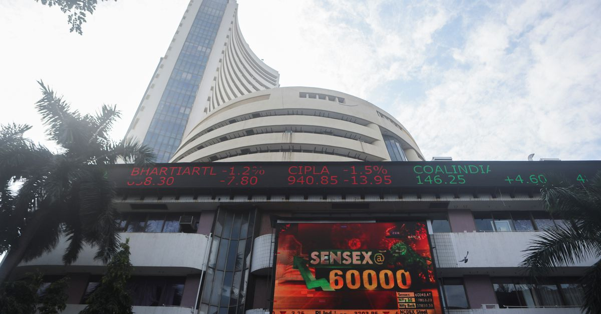 Indian shares snap four-day losing streak as banks, pharma stocks take lead - Reuters India