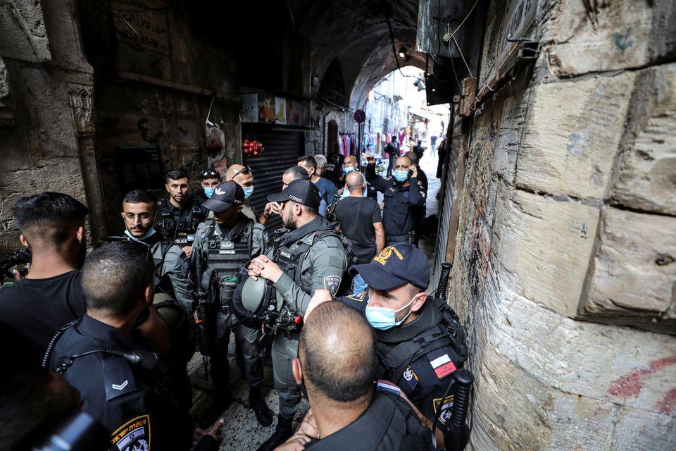 Israeli Officers Shoot Dead Palestinian Attacker in Jerusalem Old City