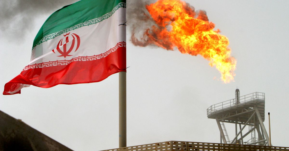 reuters.com - Arshad Mohammed,Parisa Hafezi - U.S. weighs crackdown on China's import of Iranian oil