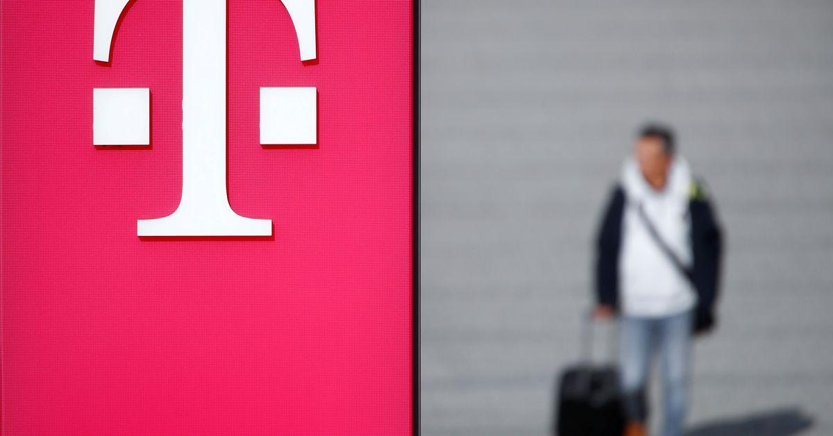 Image EXCLUSIVE Deutsche Telekom seeks investors to bankroll German internet overhaul - sources - Reuters