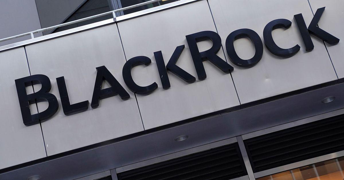 reuters.com - Simon Jessop - BlackRock creates biggest climate exchange-traded fund range