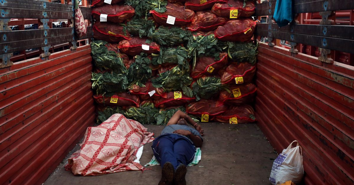 India inflation path shifting down more favourably than hoped-RBI bulletin - Reuters India
