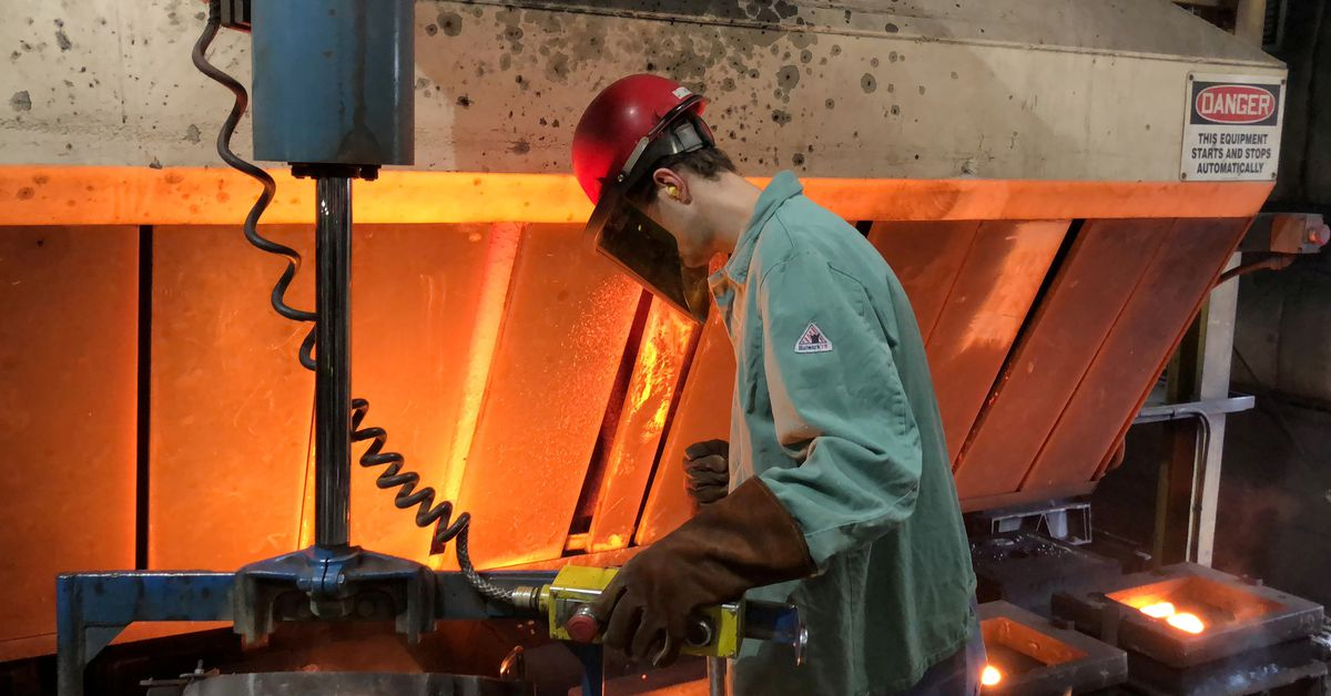 Supply chain bottlenecks amid roaring demand slow U.S. manufacturing