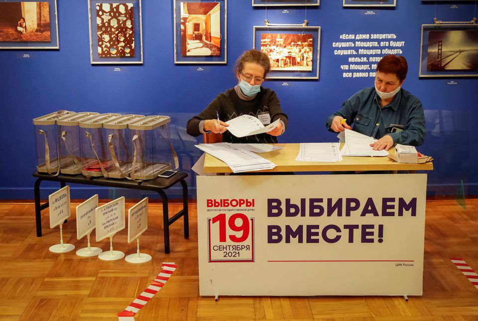 Pro-Putin Party Poised to Win Russian Presidential Election After Navalny Crackdown