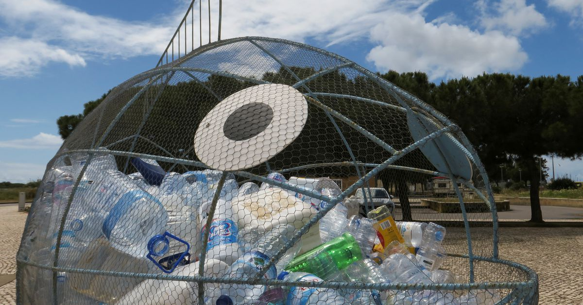 Public, not polluters, too often pay to clean up environment, EU auditors say thumbnail