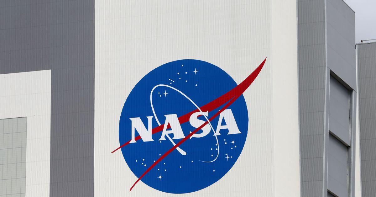 NASA halts SpaceX work on lunar lander after Blue Origin suit - Reuters