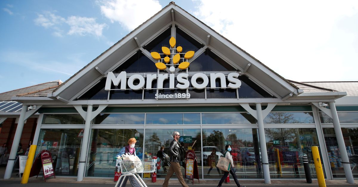 Britain's Morrisons agrees .7 bln provide from Fortress-led group