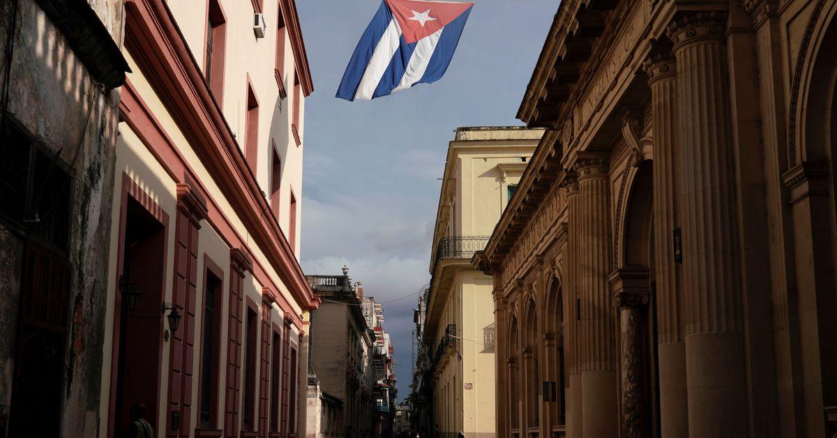 reuters.com - Raul Cortes - Mexico preparing shipment of food, medicine for Cuba - Mexican official