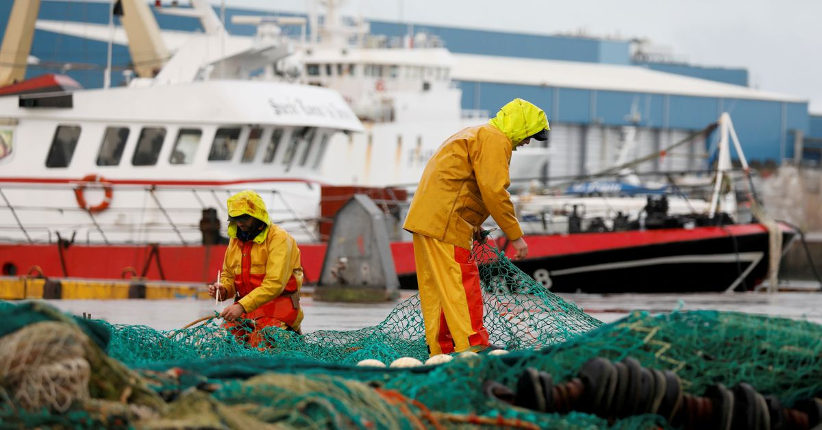 Brexit: France releases a list of sanctions if Britain withholds fishing licenses
