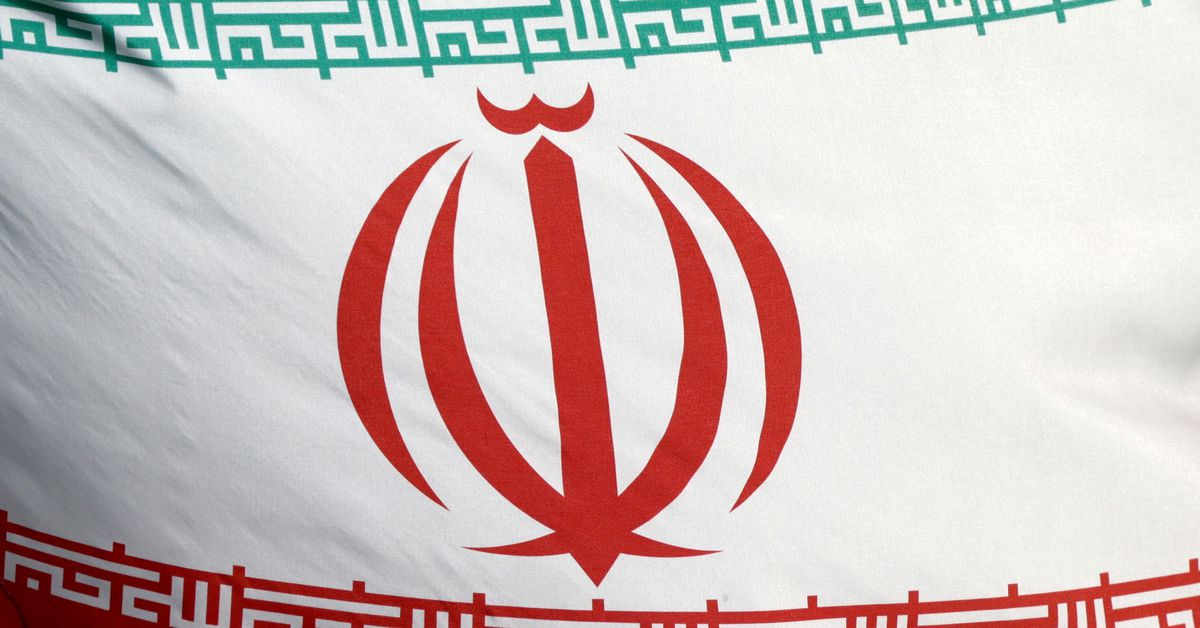 Saudi and Iranian officials talked to fix relations – FT