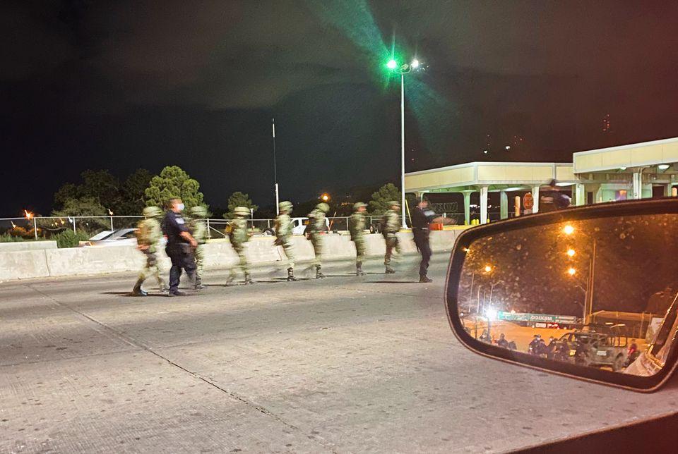 U.S. Border Agents Briefly Detain 14 Mexican Soldiers in El Paso, Texas