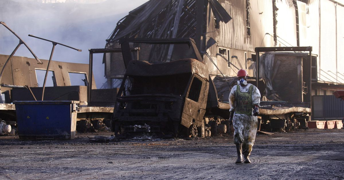 Death toll in South Africa riots rises to 276, minister ...
