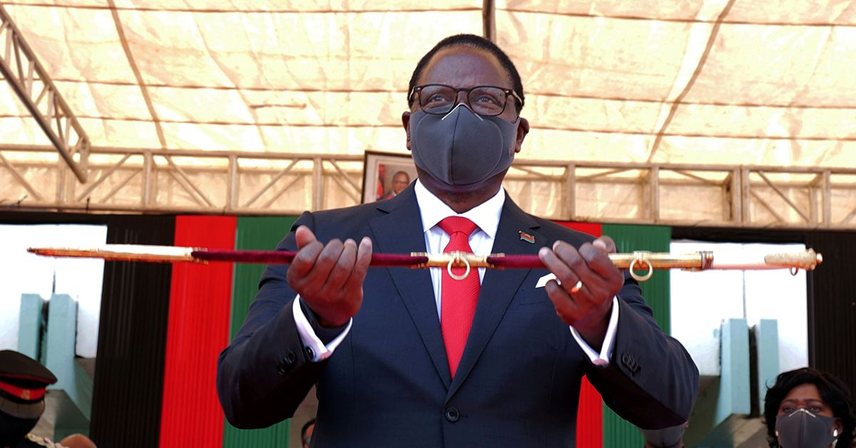 post-image-As tobacco declines, Malawi must switch to cannabis – president