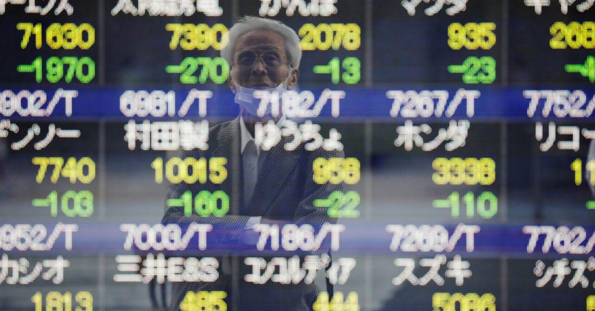 Cổ phiếu và trái phiếu phải vật lộn dưới nguy cơ lạm phát đình trệ